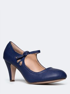Chase & Chloe Closed-toe Blue Pumps