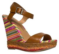 Chinese Laundry Brown Wedges