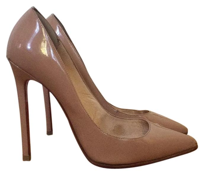 Chirstian Louboutin size 39 pointy toe nude pigalle