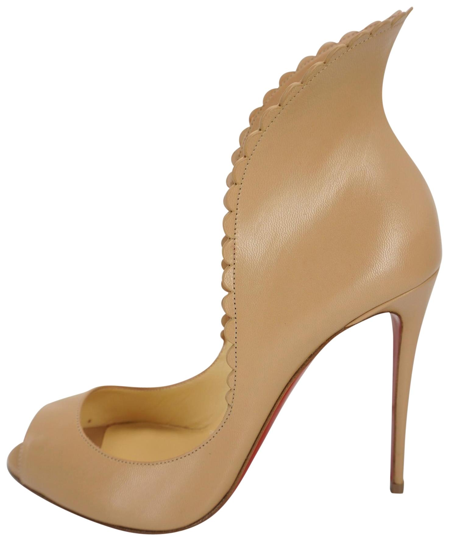 Christian Louboutin Beige Nude Pijonina Scalloped Nude Leather Winged Pumps Size EU 39 (Approx. US 9) Regular (M, B)