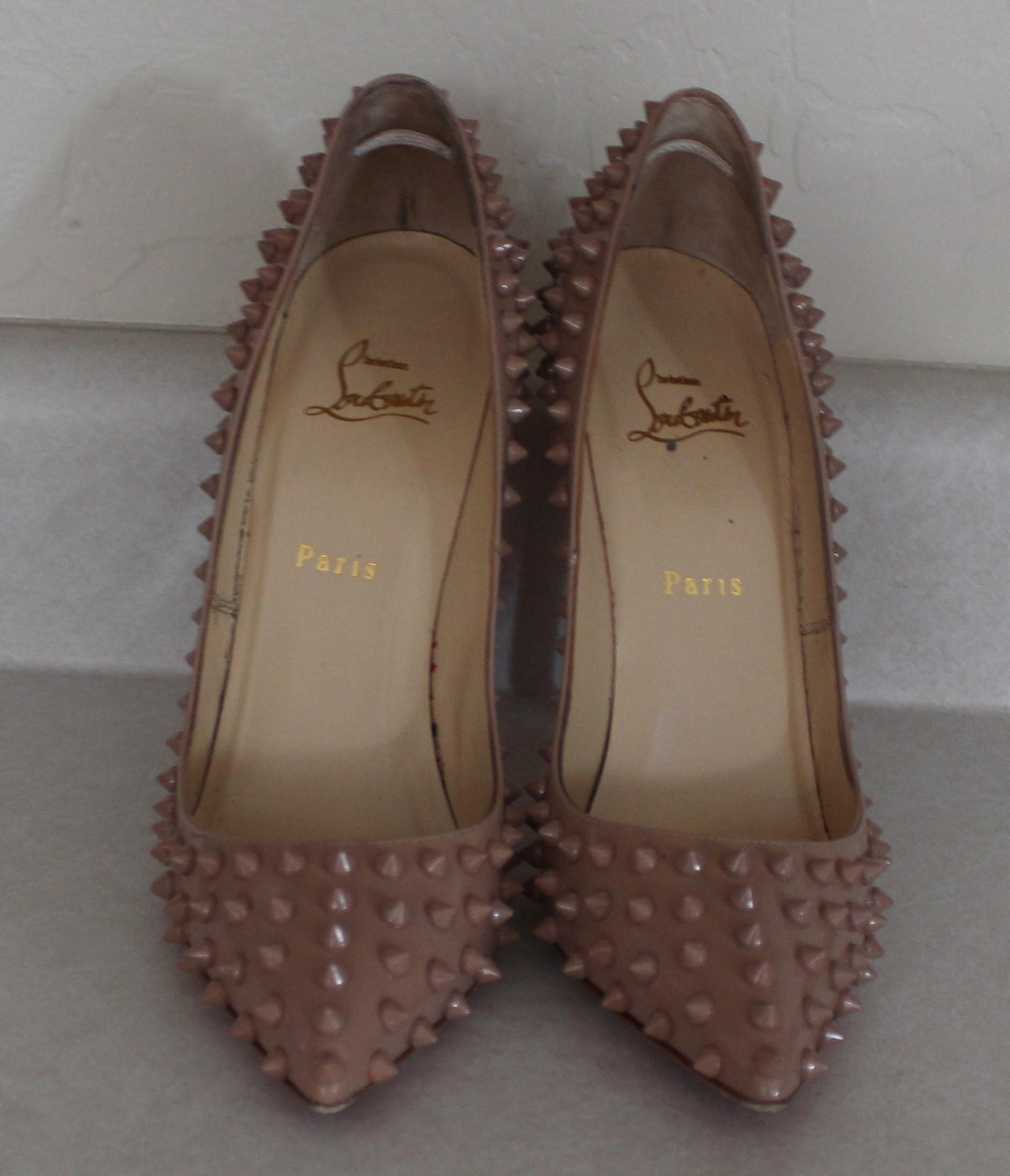... Christian Louboutin Beige Patent Leather Pointed Toe Pigalle Spike  Spike Spike 38.5 Pumps Size US 8.5 ...