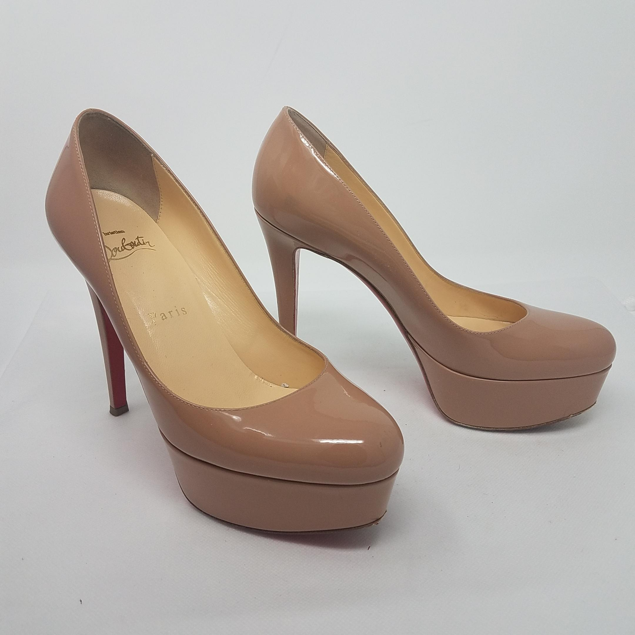 4705f4427bca ... Christian Louboutin Beige Tan Patent Patent Patent Leather Bianca 120  Pumps Size EU 36.5 (Approx ...