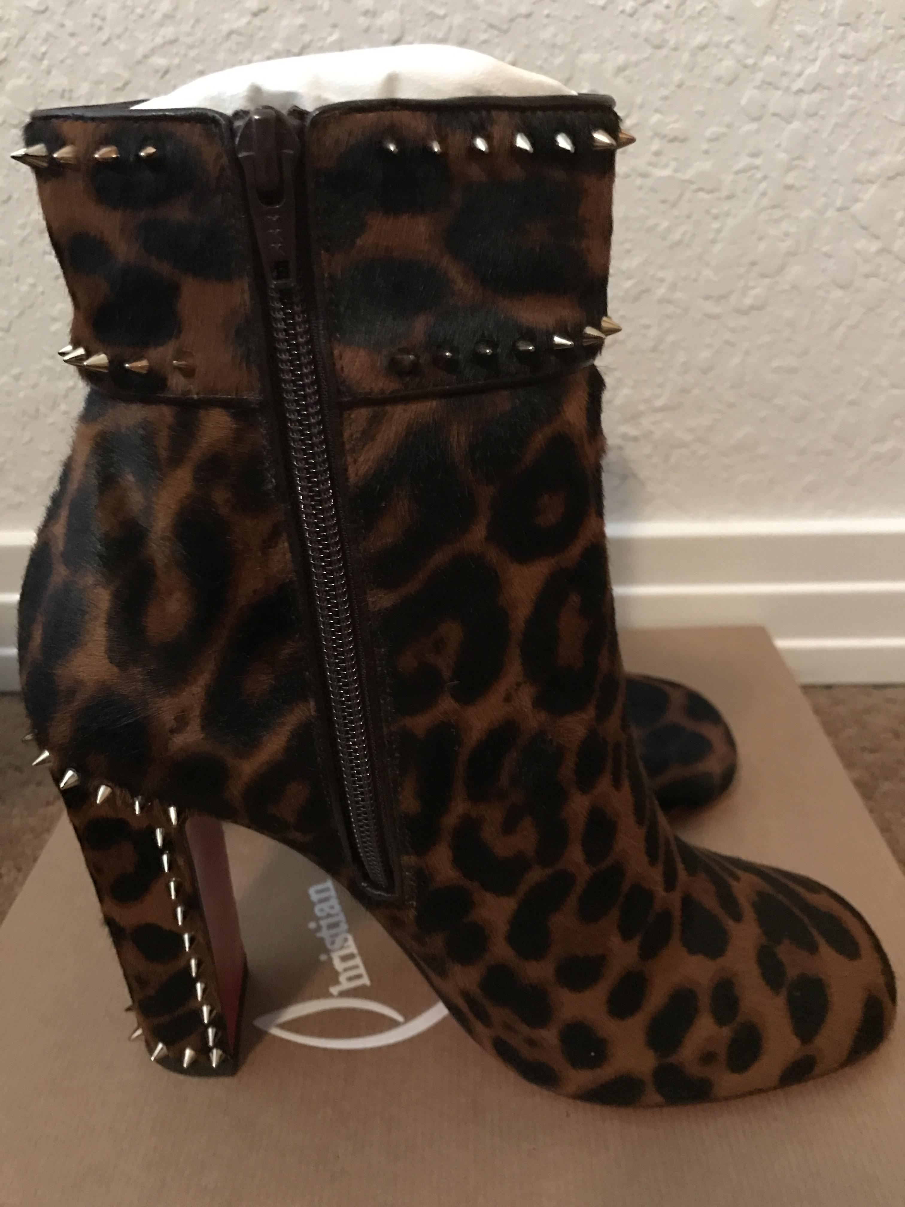e60ed84d3a09 ... Christian Louboutin Cadra Spiked Spiked Spiked 100mm Red Sole Boots Booties  Size EU 38 ...