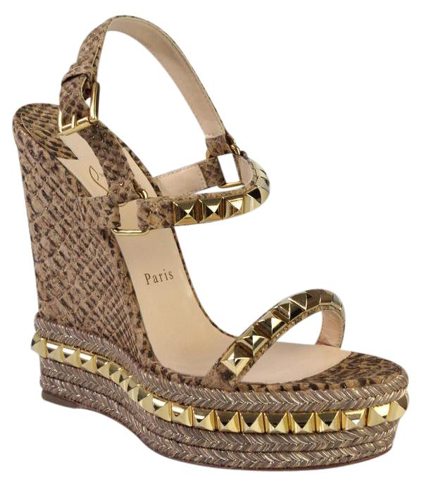 3f323e58cbac ... buy gold christian louboutin wedges up to 90 off at tradesy 81946 27fa4