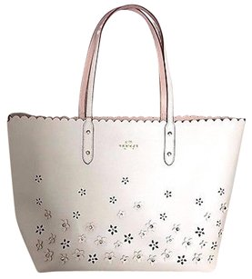 Coach Floral Applique Style 37651 Tote in Chalk