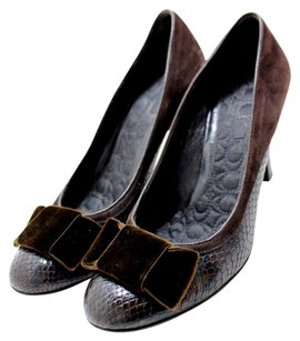 Coach Snakeskin Leather Velvet Chocolate Elegant Brown Pumps