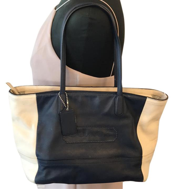... best price coach two color block tote in navy and cream 1d1e7 ef727 6571297046c72
