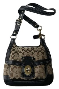 Coach Louis Vuitton Dooney Bourke Cross Body Bag