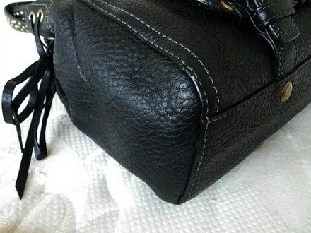 Coach Louis Vuitton Dooney Bourke Gucci Channel Rare Vintage Tote in Black