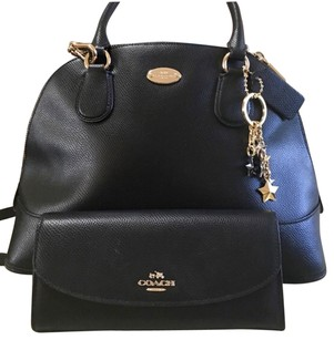 Coach Satchel in Black,gold