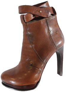 CoSTUME NATIONAL Ankle Cognac Boots