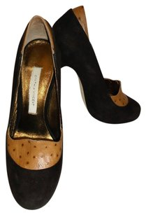 Cynthia Vincent Chocolate brown and Camel Pumps
