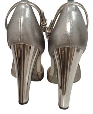 Preload https://item4.tradesy.com/images/dolce-and-gabbana-rose-gold-and-silver-1-hour-sale-runway-metallic-mirrored-strappy-open-toe-heels-p-4249903-0-0.jpg?width=440&height=440