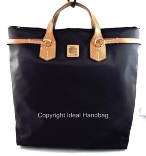 Dooney & Bourke Leighton Tote in Black