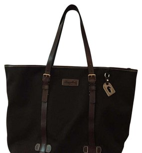 Dooney & Bourke Tote in Dark brown