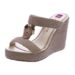 Elaine Turner Womens Beige Wedges