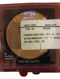 Estée Lauder Estee Lauder double matte powder foundation medium intensity 3