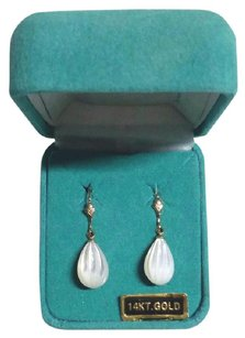 EternaGold New Solid 14K Gold Mother of Pearl Leverback Dangle 14KT Gold Earrings
