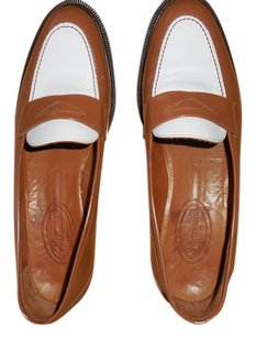 Façonnable 2 tone light brown and white Flats