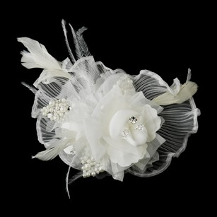Augustina Lace Crystal Rhinestone & Freshwater Pearl Flower Feather Fascinator Hair Clip - White