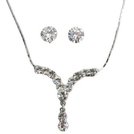 Silver Plated Sparkling Crystal Clear Necklace with Stud Earrings Jewelry Set