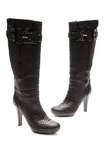 Fendi Pebbled Leather B Black Boots