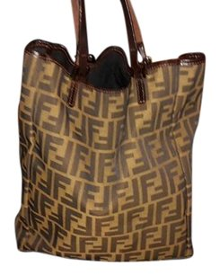Fendi Tote in dark brown