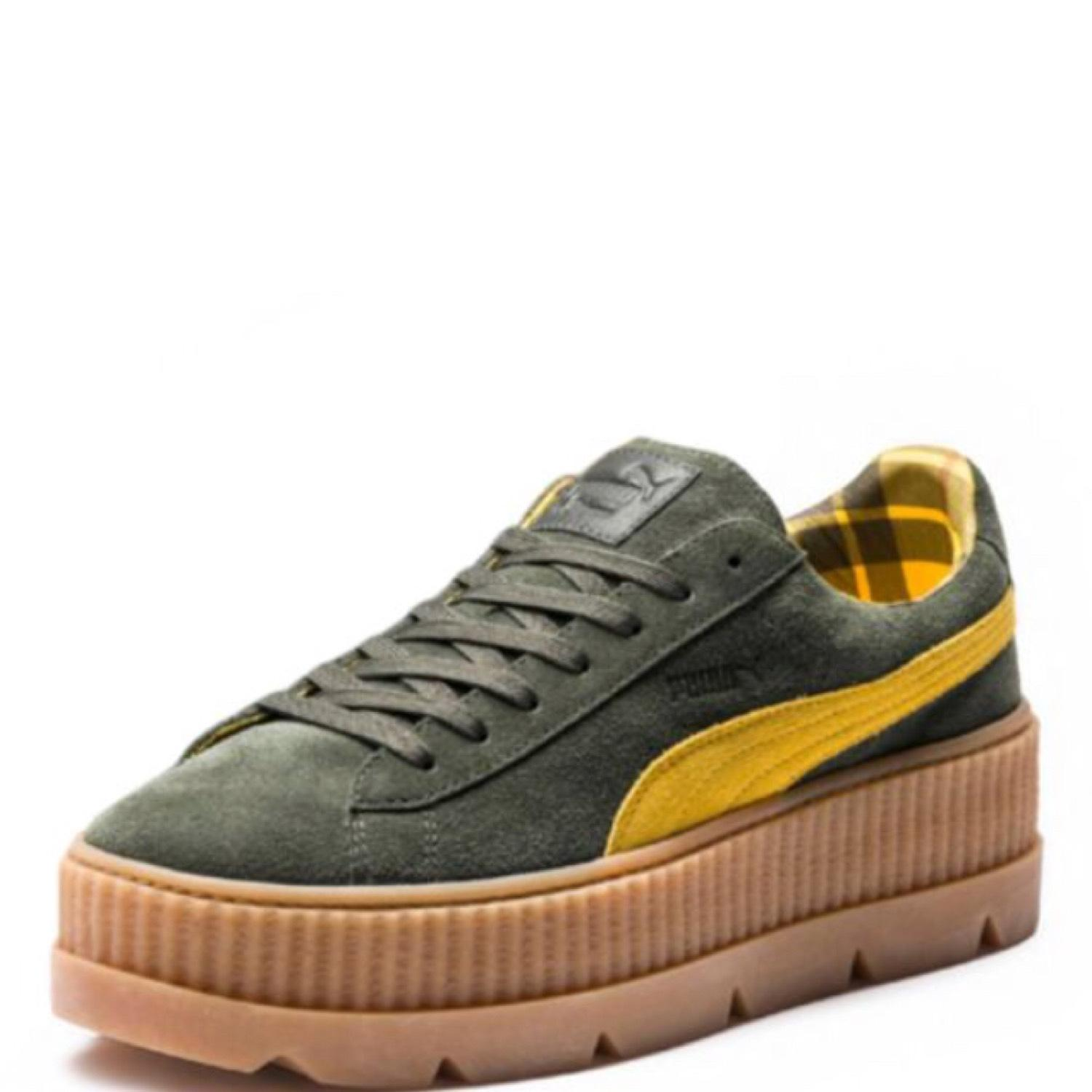 fenty by rihanna cleated creeper athletic shoes on