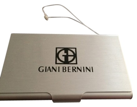 Preload https://item4.tradesy.com/images/giani-bernini-from-bergdorf-goodman-card-case-card-wallet-3241468-0-0.jpg?width=440&height=440