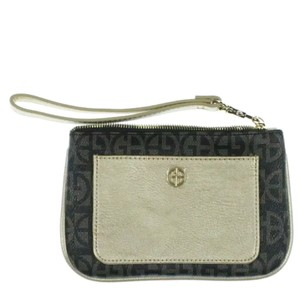 Giani Bernini Wristlet