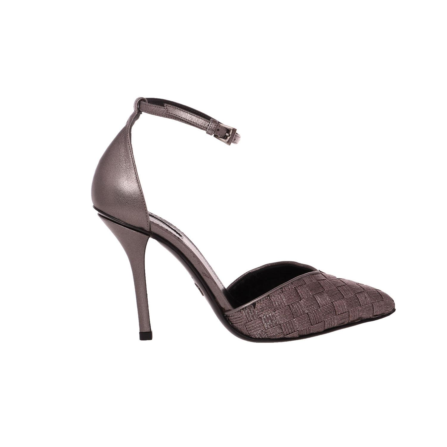 free shipping best place 2014 new cheap price Giorgio Armani Pointed-Toe d'Orsay Pumps skxz6M