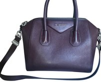 Givenchy Tote in burgundy