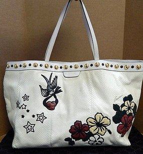 Gucci Python Snakeskin Tattoo Tote in Ivory