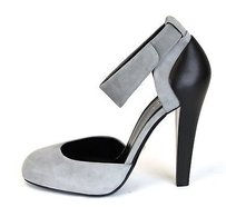 Gucci Suedeleather Heel Wankle Strap Grey323562 1223 Dusty Grey Pumps