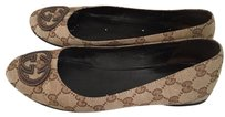Gucci Taupe Flats