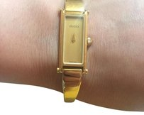 Gucci Ladies 1500L PEARL DIAL. GUCCI Bangle Watch.