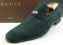 Gucci Mens Shoes Textured Suede Logo Plate Loafers 247494 Green