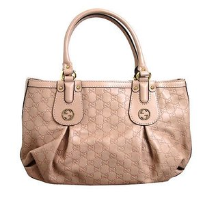 Gucci Scarlett Leather Tote in Nude