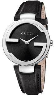 Gucci Signature G Round Watch - Women's