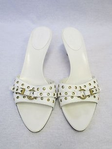 Gucci Leather Slide Sandals W Strap Of Gold Grommets Belt 8b White Pumps