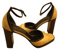 Gucci wood brown and yellow color block Pumps