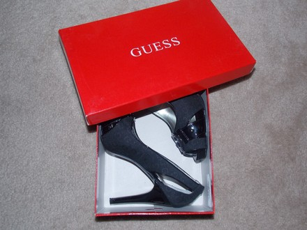 Guess Metallic Hardware Monogram Peep Toe Platform Cut-out Black Pumps