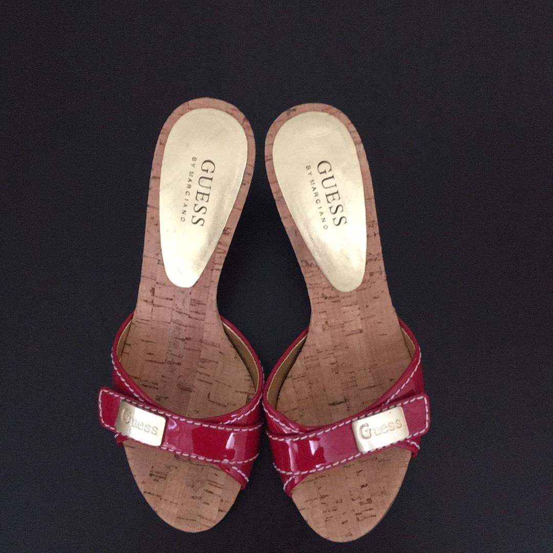 73b0e4b1ed6e ... Guess Guess Guess Red Mules Slides Size US 7 Regular (M