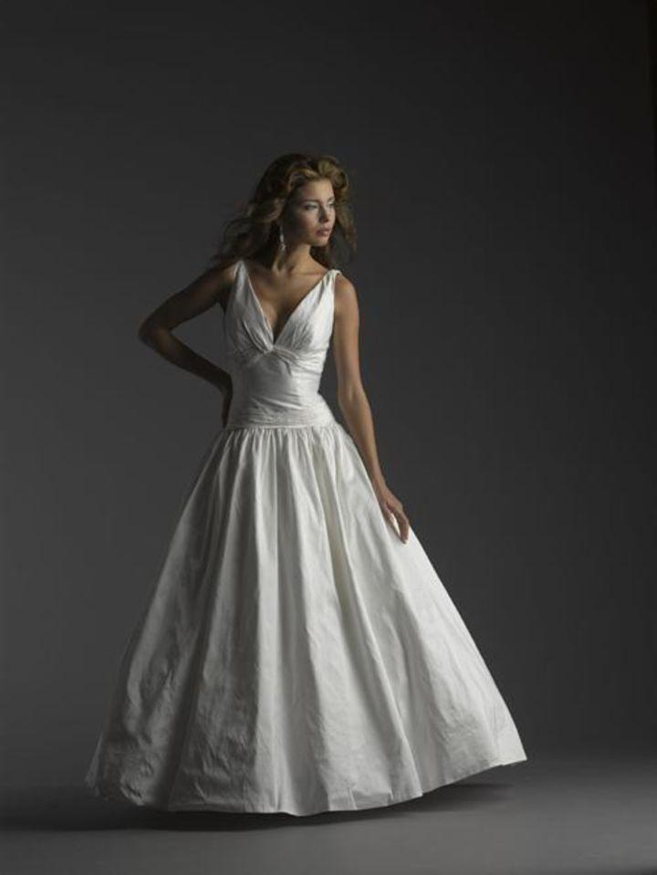 Bellissima Wedding Dress By Couture Carlina Tradesy Weddings