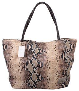 Jag Tote in Tan / Black / Brown