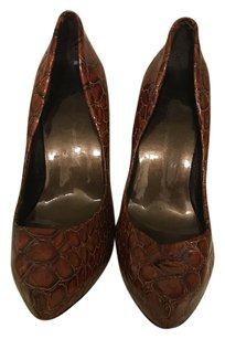 Jessica Simpson Patent Leather Brown Pumps
