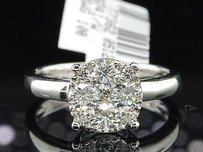 Diamond Engagement Ring 18k White Gold Round Cut 0.96 Ct - Larissa Collection