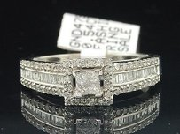Ladies 14k White Gold Solitaire Halo Diamond Engagement Ring Bridal Set 0.54 Ct.