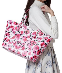 Kate Spade New York Tote in Floral
