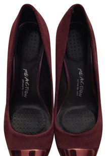 Kenneth Cole Reaction Red Pumps